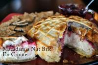 Macadmia Nut Brie en Croute