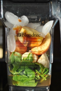 Apple Pie Green Smoothie: https://vedgedout.com/2013/01/10/vedged-out-2013-green-smoothie-challenge-day-4/