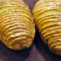 Frugal's Hasselback Potatoes: https://vedgedout.com/2013/02/27/featuring-frugal/