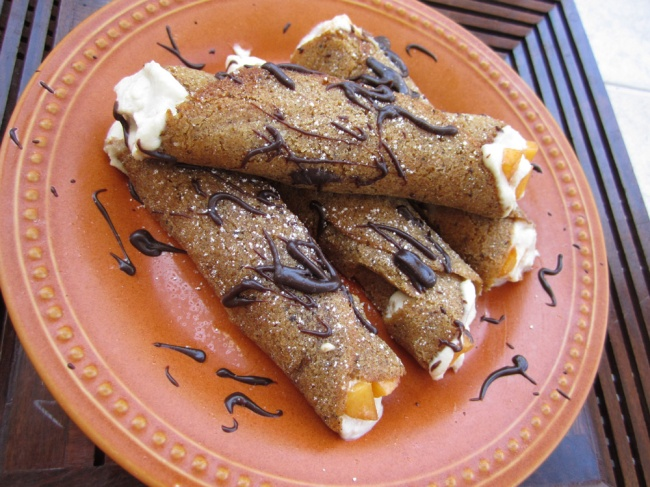 Choc-Drizzled-Cannoli-Peaches-5