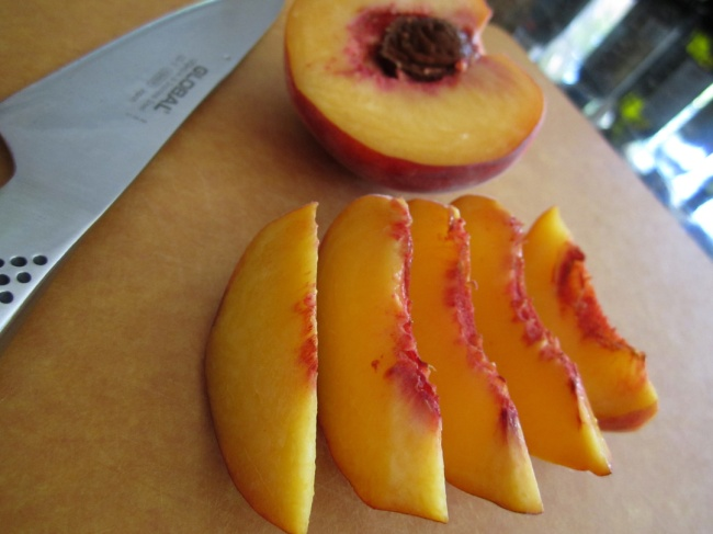 Choc-Drizzled-Cannoli-Peaches-6 (1)